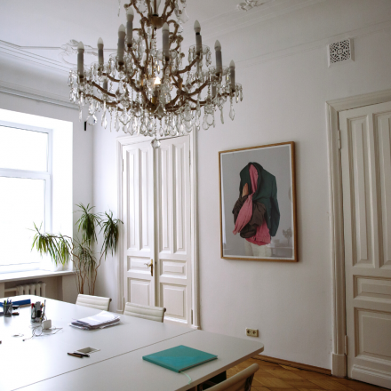 The Jewellery of Architecture: How to Choose a Vintage Chandelier